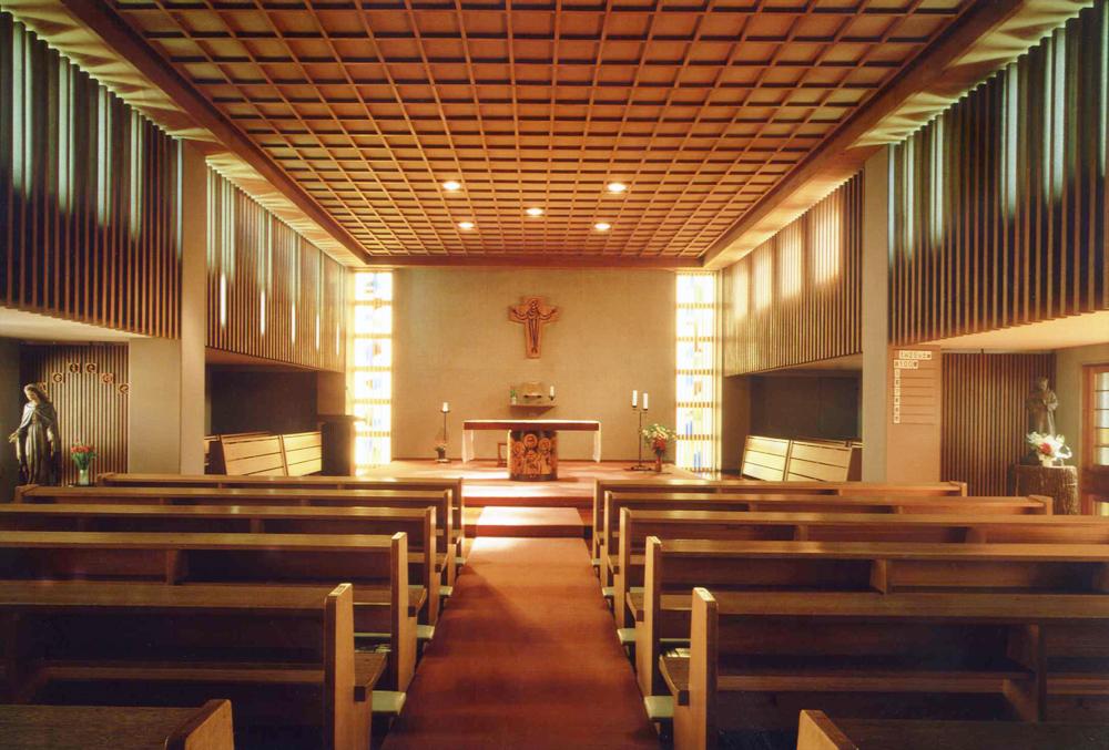 お告げのフランシスコ姉妹会本部修道院